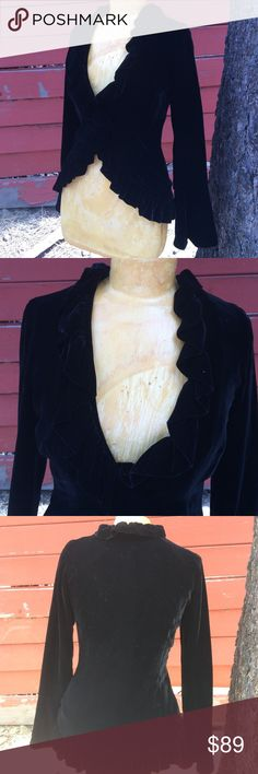 Sheri Bodell velvet jacket fully lined Gorgeous! Like new! Dry clean only. One velvet button at front. Fitted. Sheri Bodell Jackets & Coats
