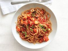 Spaghetti With Spicy Scallop Marinara Sauce from FoodNetwork.com - YUMMY