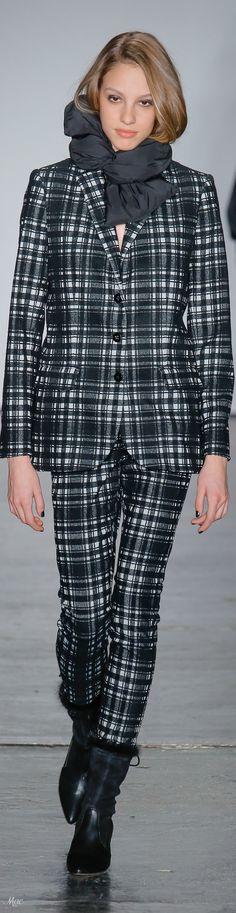 Fall 2018 RTW Nicole Miller. | Iets voor #HBMODE, Ommen: Fashion in Overijssel?