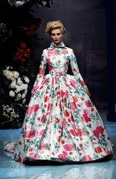 """Alexander Fury on the Making of His New Book, Dior: The Collections, """"In Dior's Garden"""" by Gianfranco Ferré for Christian Dior Haute Couture, Spring 1996 Dior Fashion, Fashion Dresses, Diy Pochette, Ferrat, Fashion History, Elegant Dresses, Christian Dior, Catwalk, Ball Gowns"""