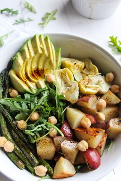 Balsamic Spring Vegetable Salad {vegan, gluten free} // pumpkinandpeanutbutter.com
