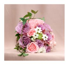 Sweet and simple. Perfect for a maids of honour or a delicate bride