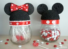 Mickey and Minnie Mouse Ear Jars Tutorial Disney Candy, Disney Diy, Disney Crafts, Cute Disney, Disney Cruise, Easy Diy Crafts, Jar Crafts, Handmade Crafts, Craft Activities For Kids