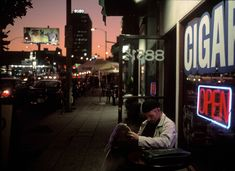 Alex Webb, USA. California. Hollywood. 1999. A cafe in the heart of West Hollywood/ Sunset Strip/ Sunset Plaza.