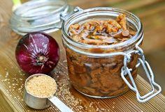 Syltade kantareller är ett gammalt sätt att spara svampen. Syltad svamp passar bra till höstens stekar, inte minst dem som lagas på vilt. Vegetables, Food, Veggies, Essen, Vegetable Recipes, Yemek, Meals