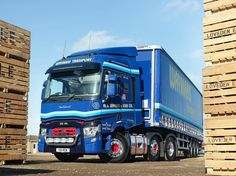 We'd love to see your own Renault Truck photos today. Photo Today, Cool Trucks, Transportation, Vehicles, French, Twitter, French People, Car, French Language