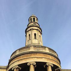 Blue Skies in London #21stcenturygent #theperfectgentleman #london #gentleman #londontour #experience #walkinginlondon #fb