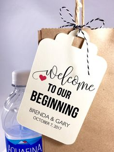 Welcome Bag Tags, Favor Bags, Wedding Welcome Tags, Hotel Welcome Bags, Wedding Tags, Favor Tags, Se Wedding Guest Bags, Wedding Gifts For Guests, Wedding Tags, Wedding Favor Bags, Diy Wedding Favors, Wedding Reception, Reception Ideas, Wedding Ideas, Wedding Hotel Bags