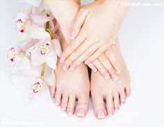 Closeup photo of a female feet at spa salon on pedicure and manicure procedure - Soft focus image Poster Manicure Y Pedicure, Mani Pedi, Itchy Legs, Dry Skin On Feet, Nail Logo, Focus Images, Whitening Face, Female Feet, Good Skin