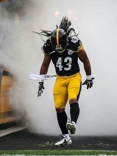 Who I'm cheering for #EsuranceFantasyTailgate Steelers Troy Polamalu