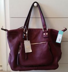 November 2015 Stitch Fix Urban Expressions Torrey Zip Detail Satchel (Burgundy) - So totally cute! Love this slouchy style. Burgundy is gorgeous but a different color would look better with my purple coat Stitch Fit, Stitch Fix Fall, Home Design, Stitch Fix Outfits, Stitch Fix Stylist, Suits, Style Me, Personal Style, Autumn Fashion