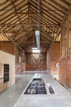 Gallery of Church Hill Barn / David Nossiter Architects - 25