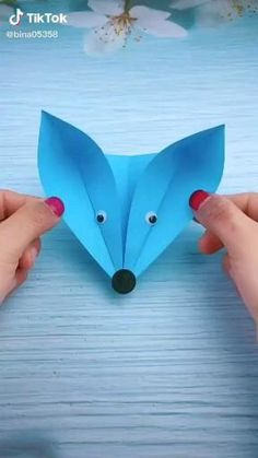 Paper Crafts Origami, Paper Crafts For Kids, Origami Paper, Preschool Crafts, Fun Crafts, Craft With Paper, Cardboard Crafts Kids, Origami Boxes, Dollar Origami