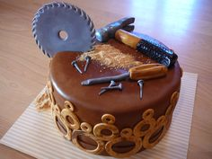 Woodworking cake - this would be perfect for my Grandpa!!!