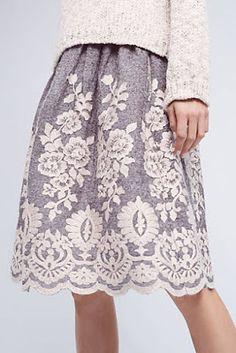 Being Bohemian: Skirts Beautiful skirt. Look Fashion, Autumn Fashion, Womens Fashion, Fashion Ideas, Pretty Outfits, Beautiful Outfits, Look Retro, Look Man, Mode Outfits