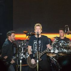 Ryan Peake , Chad Kroeger and Daniel Adair, all from Nickelback  , taken in 2013 during The Hits Tour !