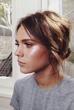 gorgeous use of contouring, blush and highlighter