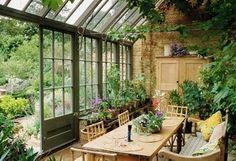 Steal the look of this breezy, effortless indoor-meets-outdoor space.