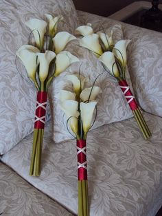 Bridesmaids flowers - Super simple - can I do this with the feather flowers???