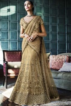 Looking to Buy Lehenga Online: Buy Indian lehenga choli online for brides at best price from Andaaz Fashion. Choose from a wide range of latest lehenga choli designs. * Express delivery, Shop Now! Lehenga Choli Online, Ghagra Choli, Bridal Lehenga Choli, Indian Lehenga, Punjabi Lehenga, Bollywood Lehenga, Lehenga Saree, Net Saree, Bollywood Fashion