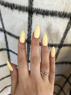 Yellow stiletto nails #yellow #nails #stiletto #acrylic #pastel