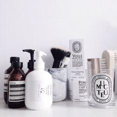 アミノ酸シャンプーというシャンプーの種類を知っていますか?美髪のための効果が高いということで人気があるアミノ酸シャンプーについてまとめました。