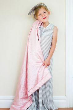 do it yourself divas: DIY Maxi Skirt Repurpose - Girls Nightgown