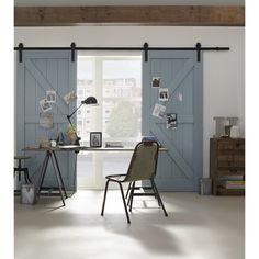 There are basically two types of barn door hardware. The first is a rustic, flat track sliding door system The second is a more modern roller and track style Sliding Shed Door, Sliding Door Systems, Sliding Barn Door Hardware, Replacement Patio Doors, Bedroom Barn Door, Interior Paint Colors For Living Room, Barn Style Doors, R80, Door Furniture