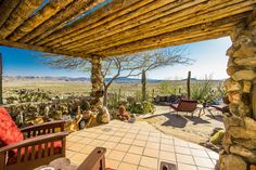 Incredible Joshua Tree home on 225 acres asks $4.5M - Curbed