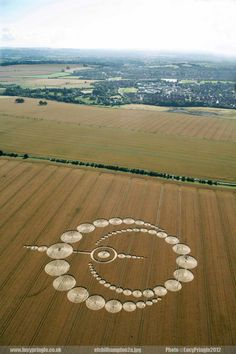 etchilhampton, Lucy Pringle's Crop Circle Photography