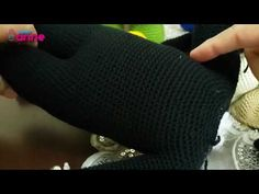 Amigurumi Mickey Mouse (Miki Mause) Yapılışı - Canım Anne Crochet Toys Patterns, Stuffed Toys Patterns, Crochet Disney, Minnie, Fingerless Gloves, Arm Warmers, Knitting, Youtube, Smooth Hair