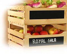 Le légumier fruitier est un meuble en bois destiné au stockage des fruits et des légumes : pommes, poires, noix, châtaignes, courges, pommes de terre, etc. (possibilité également de se servir du ...