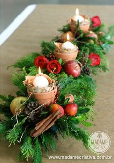 - DIY Christmas Centerpiece with fruits and cinnamon Christmas Arrangements, Christmas Table Settings, Christmas Table Decorations, Flower Arrangements, Christmas Flowers, Christmas Home, Christmas Wreaths, Holiday Tree, Holiday Decor