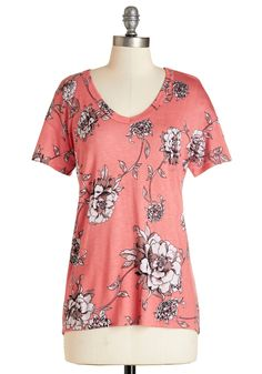 Serene Sketches Top in Pink. Equipped with a pencil and paper, you sketch lovely images of flower-adorned landscapes - drawings inspired by the neutral-toned blooms gracing your coral-pink top. #coral #modcloth