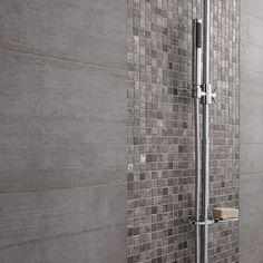 détail douche à l'italienne Mosaïque de salle de bain