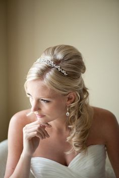 Bridal Tiara + Hair idea general-wedding-ideas