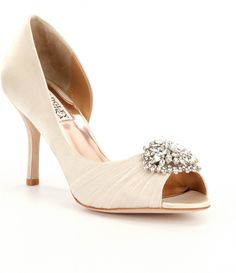 Vanilla:Badgley Mischka Pearson Jeweled Satin d´Orsay Pumps