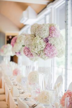 Pink and white hydrangea wedding centerpieces | Romantic Wedding Filled with Hydrangeas: Dexter + Brena