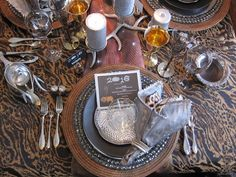 A Graceful Table: New Year's Eve Glamorama New Years 2016, New Years Eve, Tablescapes, Gardening, Entertaining, Cooking, Winter, Style, Kitchen
