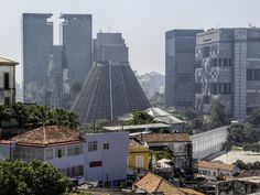 https://flic.kr/p/z8Yhe6 | Centro da Cidade com a Catedral e a Laoa com os Arcos... Rio de Janeiro, Brasil. | Downtow with Rio's Cathedral and Lapa Arcs.  Rio de Janeiro, Brazil. Have a great Sunday! :-D  __________________________________________  Buy my photos at / Compre minhas fotos na Getty Images  To direct contact me / Para me contactar diretamente: lmsmartinsx@yahoo.com.br
