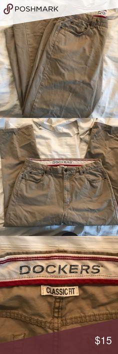 "Dockers Mens Classic Fit Straight Leg Khaki Pants Classic fit. Straight leg. Classic fit. 36x30. ""Lived in"" khaki Dockers Pants Chinos & Khakis"