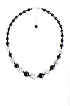 Collar plata y negro de cristal Beaded Necklace, Handmade, Jewelry, Silver Necklaces, Glow, Crystals, Black, Hand Made, Jewellery Making