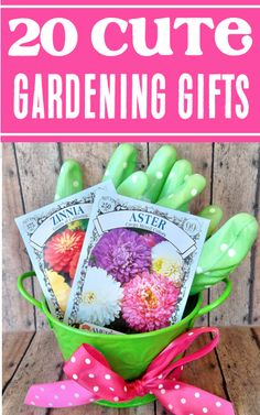 Gardening Gift Ideas! Garden Basket Projects & Gifts any gardener will LOVE! Go check out this BIG list of fun presents and creative diy ideas to check some more gifts off your list! Grandparents Christmas Gifts, New Grandparent Gifts, Grandpa Gifts, Gifts For Your Boyfriend, Gifts For Him, Gifts For Women, Mothers Day Presents, Fathers Day Gifts, Best Gifts For Gardeners