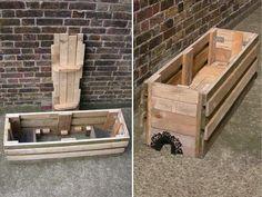 Maison Grenouille et Chez Crapaud - vegetable planter built from reclaimed pallets Picture of The assembly - Et voila!