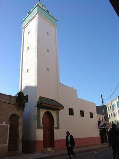 Alcazarquivir 069- y la mezquita brahmelin | Flickr: Intercambio de fotos