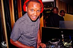 @moflavadj on the decks!!! #TT #Cacoon