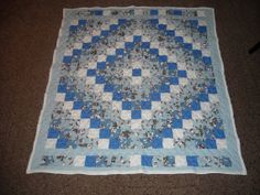 Trip Around the World Quilt (TATW) Made by Angela Spradlin @ Hillside Hobby Quilts on Etsy