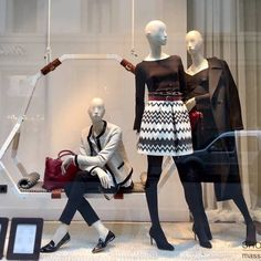 "MASSIMO DUTTI, Via Roma, Florence, Italy, ""Single doesn't always mean lonely and relationship doesn't always mean happy"", It Girl by Atrezzo Mannequins, pinned by Ton van der Veer"