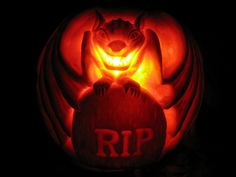 Extreme Halloween Pumpkin Photos : Home Improvement : DIY Network