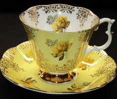 Royal Albert 'Yellow Roses' with Gold Pattern Tea Cup & Saucer ~